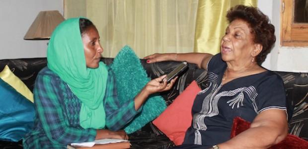 نعمات مالك، أثناء الحوار مع مراسلة 'النيلان' عائشة السماني، 27 مايو، 2015.