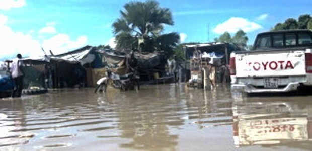 The river banks of the Nile in Bor burst on Tuesday, September 4, flooding large parts of Jonglei State's capital, displacing thousands of citizens.