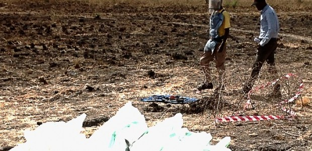 De-miners at work in Bentiu, March 9.