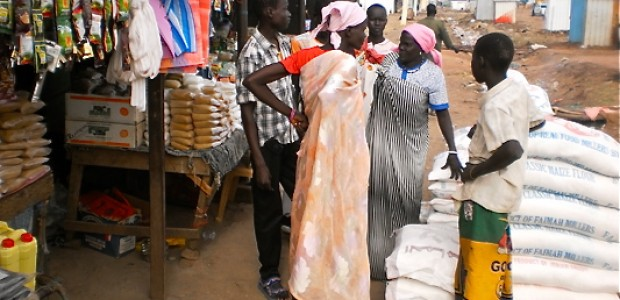 Traders at Kalibalek Market in Bentiu, May 10, 2012.