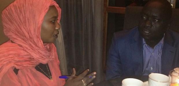 حسين مار نيوت خلال الحوار مع الصحفية فاطمة غزالي، 20 يناير.