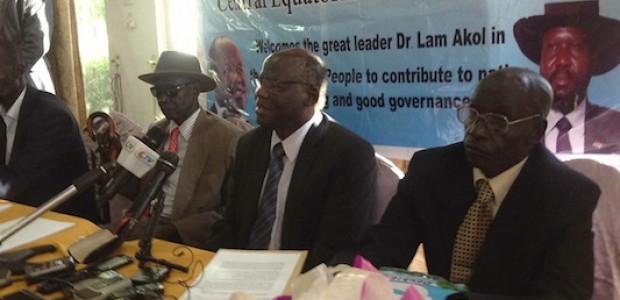 الدكتور لام أكول خلال المؤتمر الصحفي الذي عقده في الثالث من نوفمبر.
