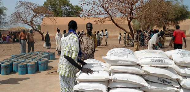 People in Unity State receive food aid, April 11, 2012.