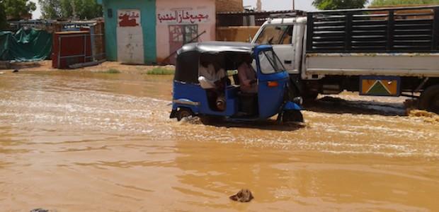 عرف السودان فياضانات كثيرة العام الماضي. هذا السيناريو يتكرر هذه السنة، سادس أغسطس 2013.