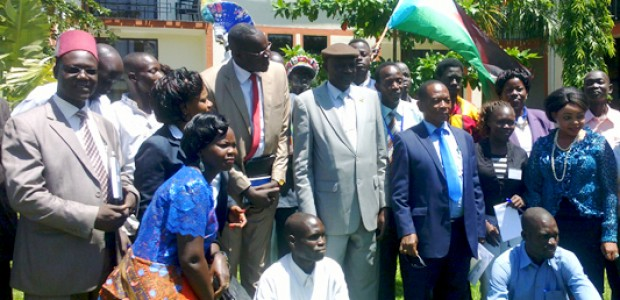 Michael Makuei Lueth together with members of South Sudan's media fraternity marking the Press Freedom Day at Dembesh Hotel in Juba, May 4, 2015.