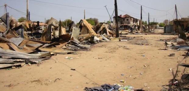 التدمير الذي لحق سوق بور جراء الحرب بين جيش جنوب السودان وقوات رياك مشار، 19 يناير، 2014.