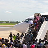 Returnees from Kosti arriving at Juba International Airport (14.05.2012).