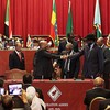 Bashir and Kiir shaking hands after a previous summit in Addis Ababa, September 27, 2012.