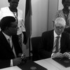 German Ambassador Johannes Lehne (right), Mohammad Tofazzel Hossain UN Women South Sudan (left) sign the funding agreement in Juba, December 29, 2015. (photo: Embassy of the Federal Republic of Germany, Juba)