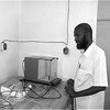 Chemical engineer Hashim Tayeb in his laboratory, Kassala, May 2015. (photo: The Niles | Hamid Ibrahim)
