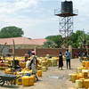 A crowded borehole in Torit, Eastern Equatoria State (22.04.2012).