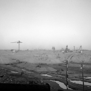 The Aswan High Dam, under construction, November 1964. (photo: Ted Swedenburg | flic.kr/p/odyoMY)