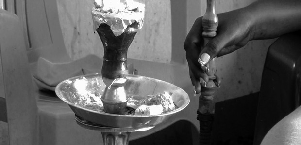 A shisha being prepared in Juba on May 31, 2016. (photo: The Niles | Martha Agama)