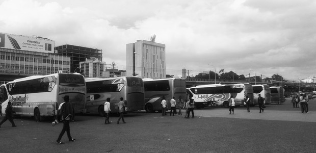 With flights being mostly unaffordable, bus connections play an important role across the Nile Basin. (photo: The Niles | Selam Mulugeta)